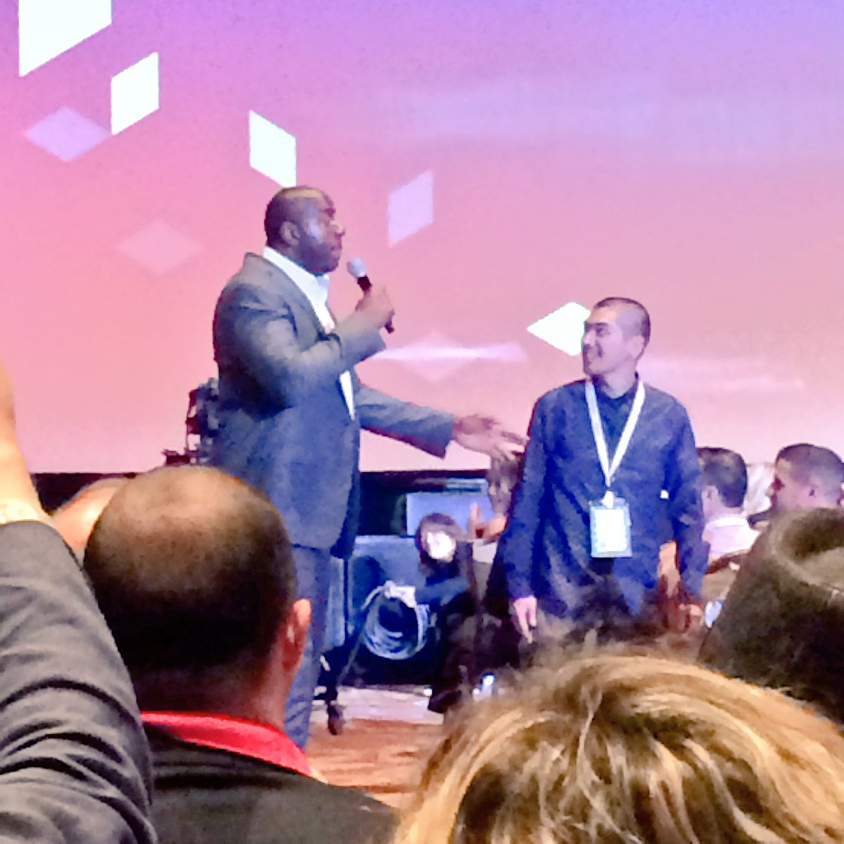 mmiller75: #MagentoImagine is continuing to inspire through the amazing stories of #entrepreneur  @MagicJohnson. Brilliant man. https://t.co/XGllQ8c9l8