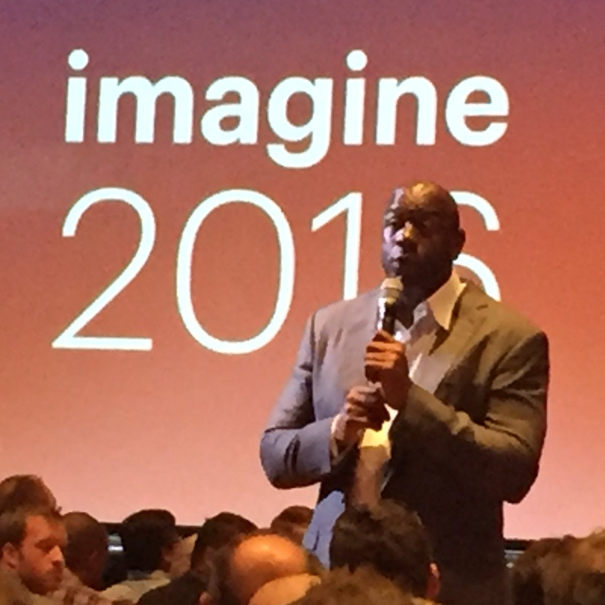 annhud: Larry & Michael made their teammates better. You've got to make your teammates better @MagicJohnson #MagentoImagine https://t.co/1fib7EYY16