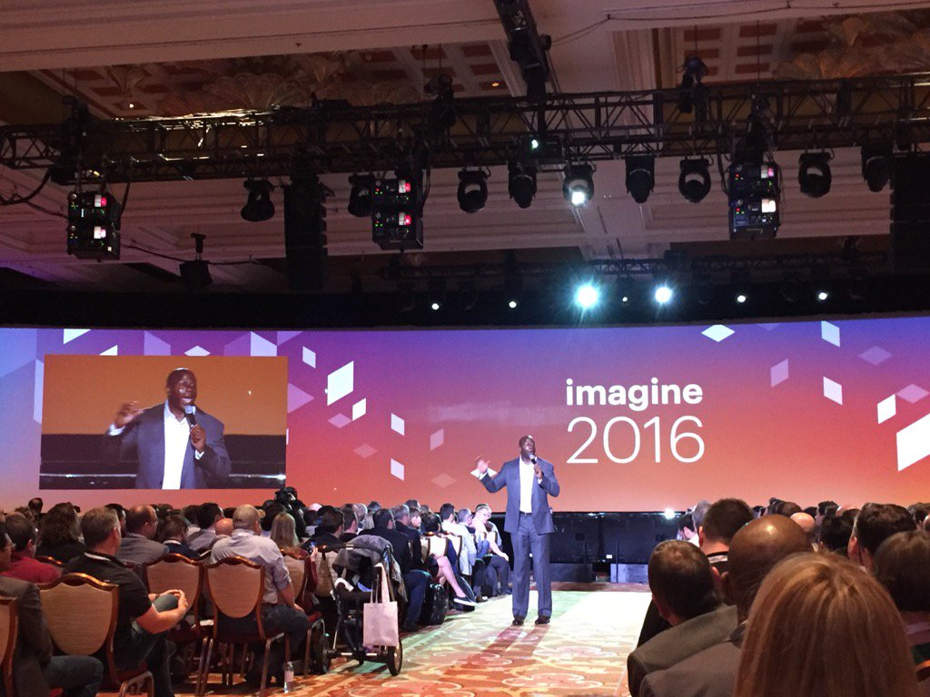 magento_rich: .@MagicJohnson: Great leaders know their employees. And bring out their best. #MagentoImagine https://t.co/XZp5BEGabb