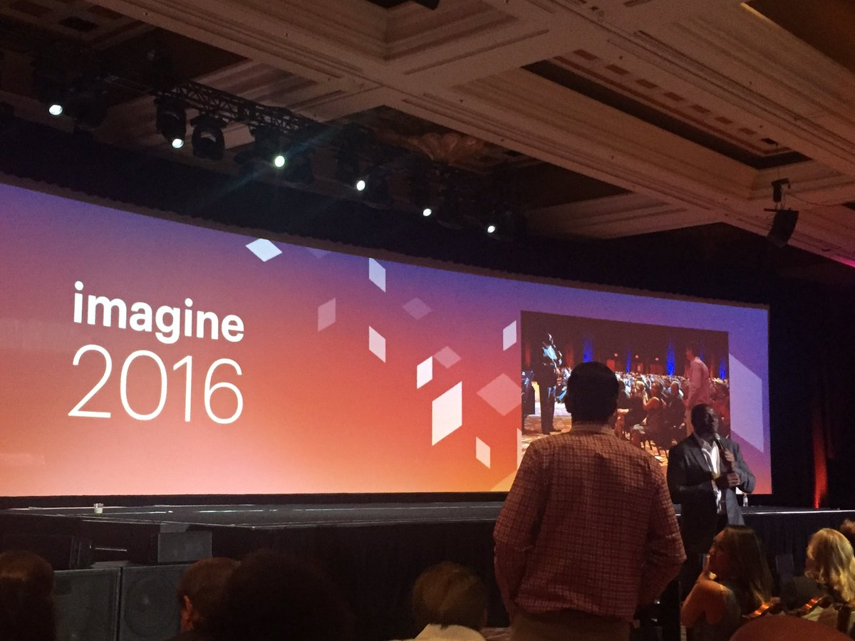 tomik99: Magic - would you like to invest in @magento ? :-) #MagentoImagine https://t.co/Egb6j6phgP