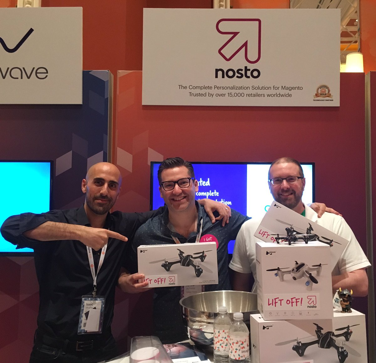 NostoSolutions: Aaron from Julep and Jamie from @demacmedia looking good with their Nosto drones! #MagentoImagine https://t.co/EPbtnuQiwK