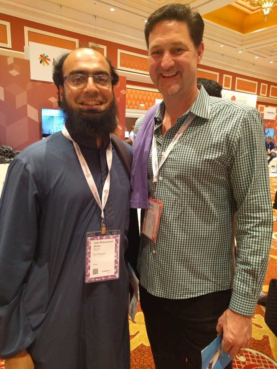 RLTSquare: This pic alone was worth our trip from the other side of the world! Thx @mklave1 @benmarksn#MagentoImagine #Pakistan https://t.co/3es2trMy8F