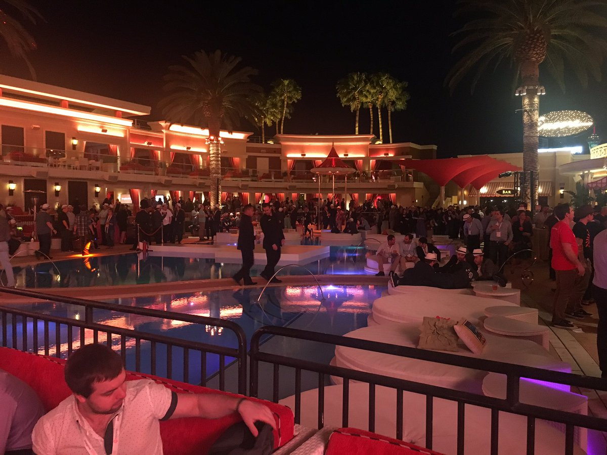 yairspitzer: As usual, fantastic @magento party.   Cuban music with live band. Awesome food and drinks. @magentoimagine https://t.co/eURmIT75Xp