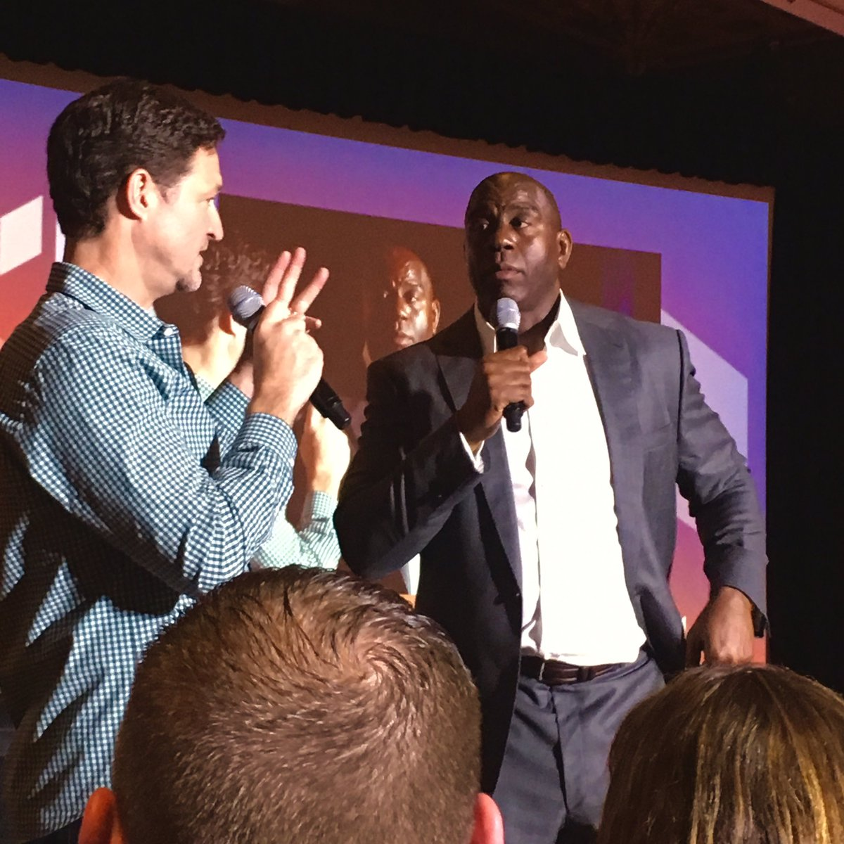 yo: Q&A with @MagicJohnson at  #MagentoImagine https://t.co/R0FKzo9chg