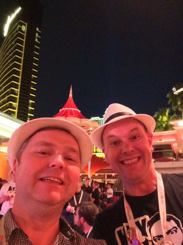 FutureDeryck: Party time! #MagentoImagine https://t.co/McMYQNlMYb