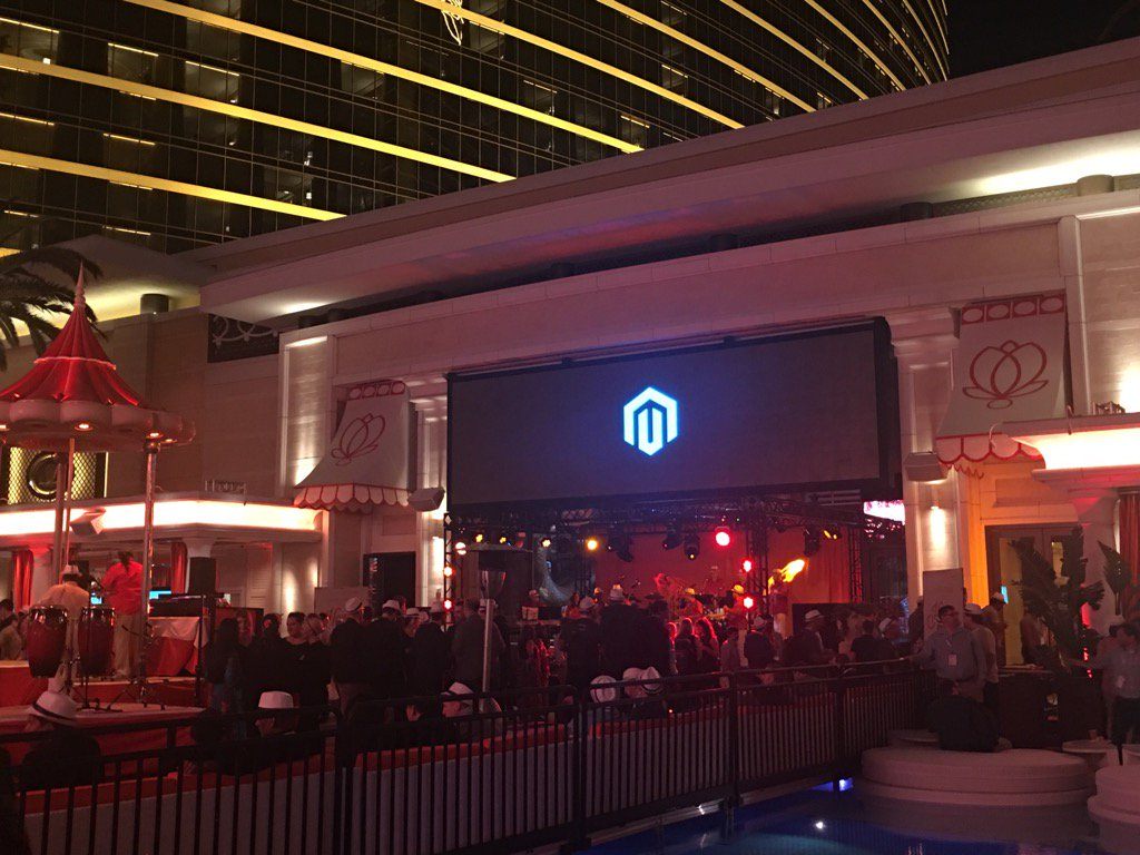 DCKAP: Legendary #MagentoImagine night https://t.co/ZSbYUqbQT4