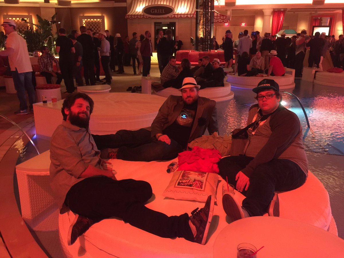 mbalparda: We are working, don't get me wrong #MagentoImagine https://t.co/jY9fhsT1PG