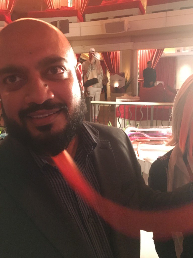 brentwpeterson: Last thing I heard 'Brent do you like it?' #MagentoImagine @_Talesh https://t.co/VIIhkxfjQi