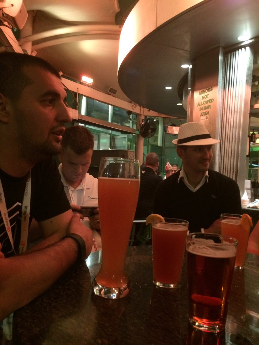 _Talesh: Guess who is the #MagentoMaster at the table?? #MagentoImagine https://t.co/iQGUEsTVoa