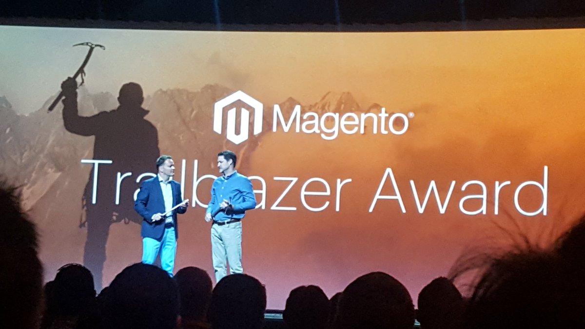 NKukuruzina: Trail blazer award. Congrats! #MagentoImagine https://t.co/r7ZdKyjgKs