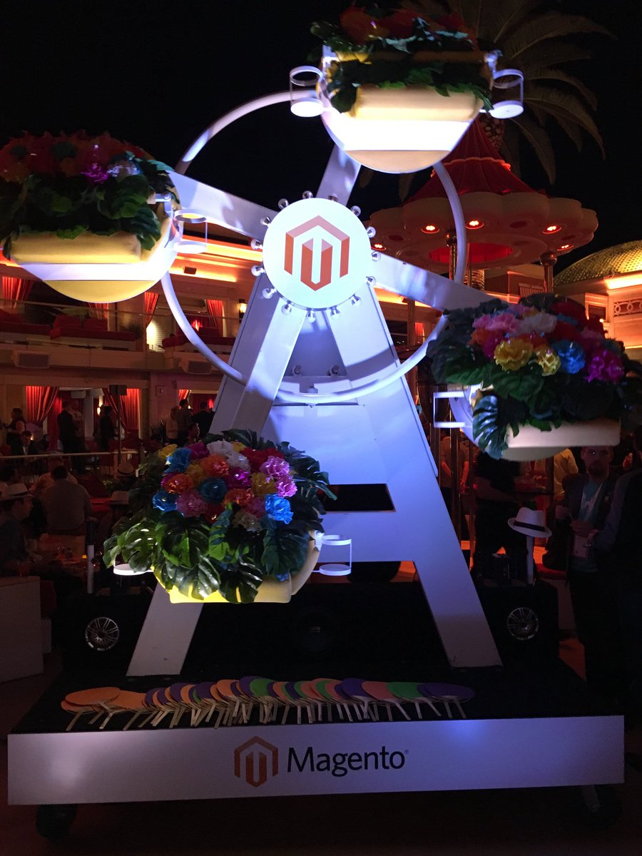 mediaspa: Holland meets Junior Prom meets Jurassic Park meets Paddle Sports meets #RealMagento?nn#MagentoImagine #ecommerce https://t.co/qqe2kKbVEN
