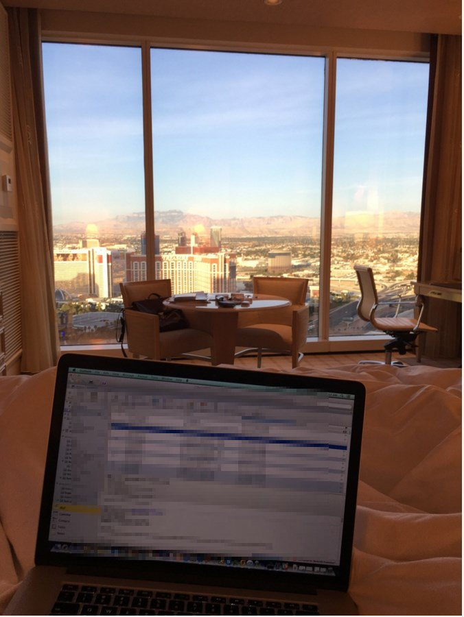 mediaspa: Another 'rough' morning at #MagentoImagine!nn#RealMagento #MagentoCloud @magento #ecommerce https://t.co/f1qSHmzfhp
