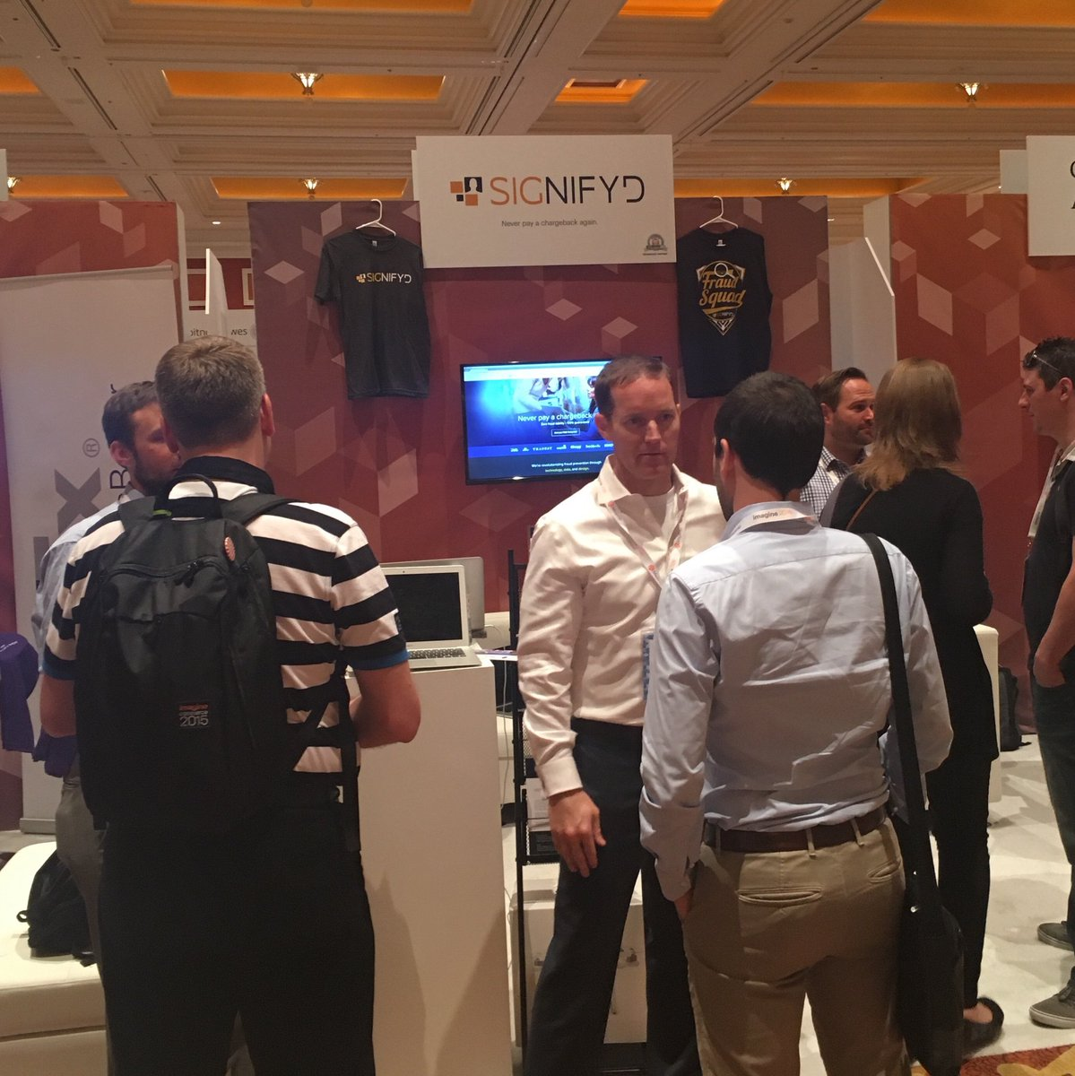 signifyd: At #MagentoImagine? Come meet the @signifyd team at booth 110 + enter our case contest. (Plus, win an Apple Watch!) https://t.co/ztjVoxqYY7