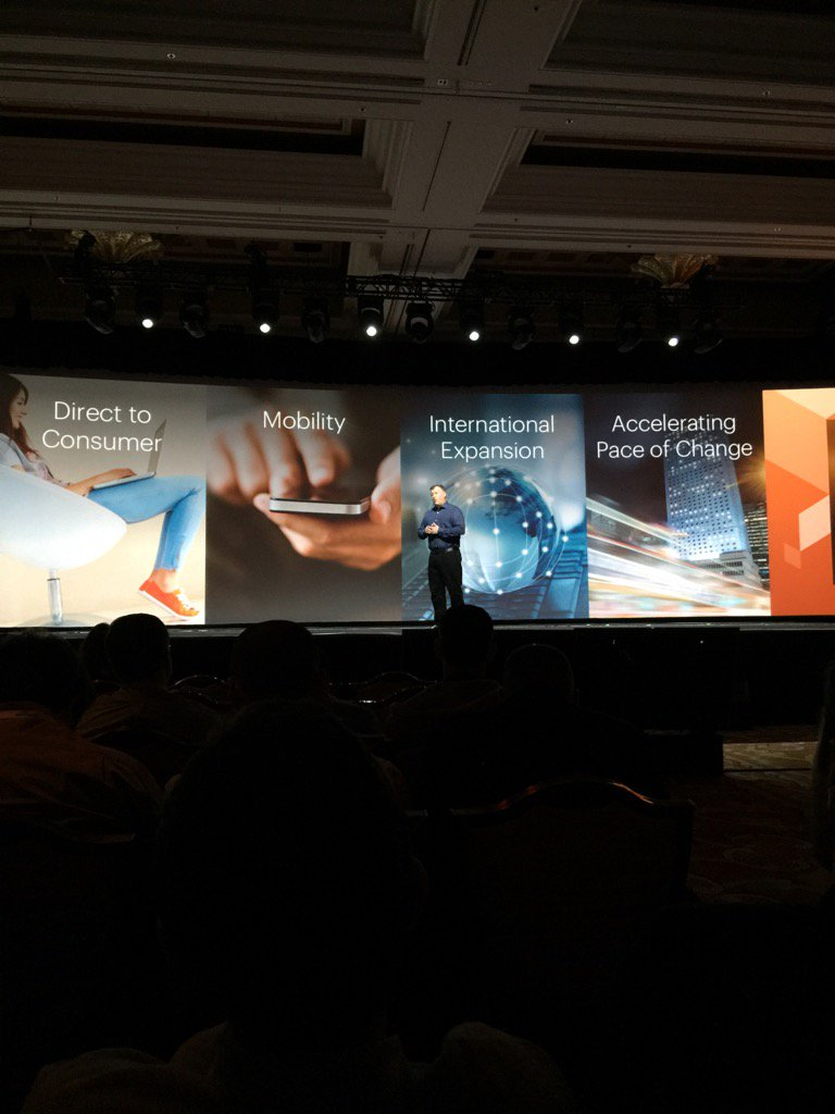 JoshuaSWarren: Key factors the Magento team kept in mind while building v2. @ProductPaul #MagentoImagine https://t.co/WdL23IgWSw