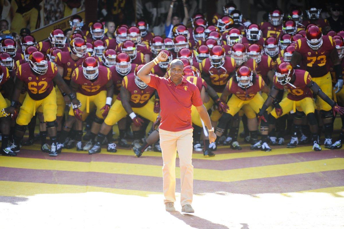 OFFICIAL: Lynn Swann named USC's next Athletic Director. #FightOn https://t.co/NU6n4AgYHi