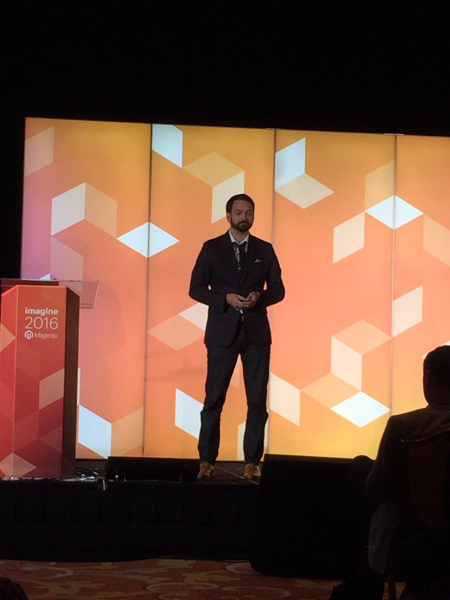 fantasydreamer: #MagentoImagine with @kpe https://t.co/cBEZAhkbNj