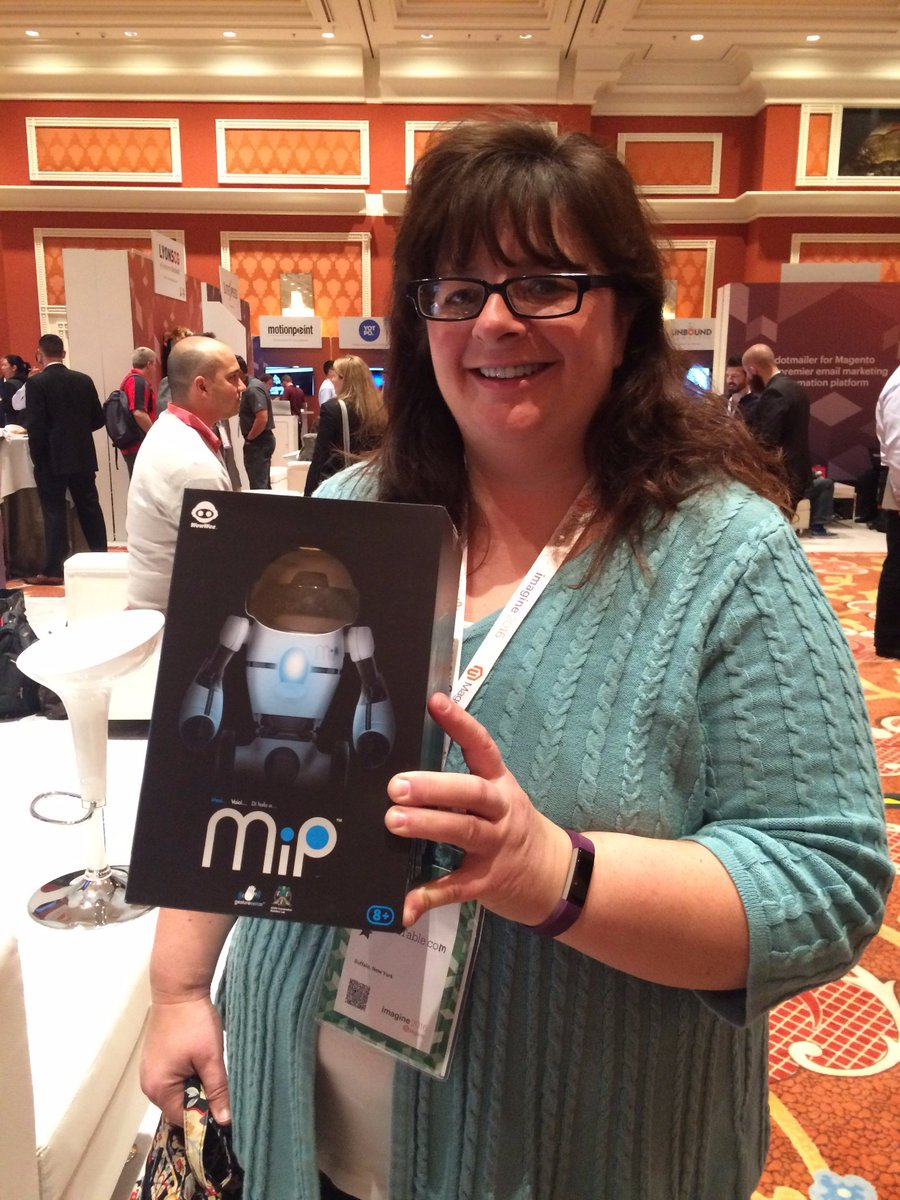 springbot: Kim, thanks for stopping by our #MagentoImagine booth and CONGRATS on winning one of our robot giveaways! https://t.co/ise6aqtObg
