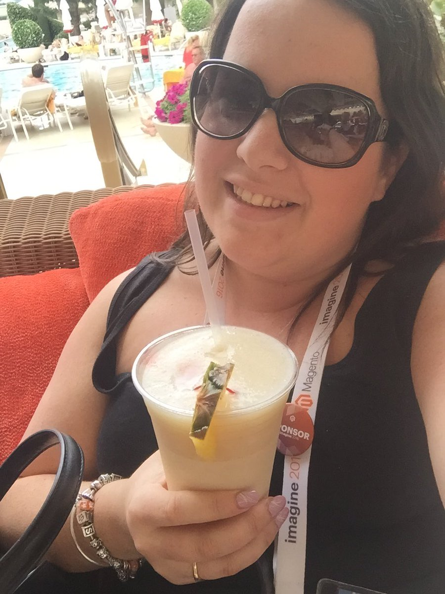 steph_k88: Cheers to the end of an amazing #MagentoImagine https://t.co/Vn8Zt8RQBr