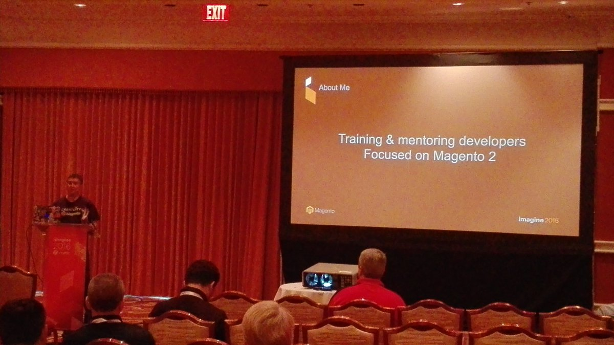 rojo_angel: @JoshuaSWarren explaining how to setup a #magento2 dev environment using vagrant #MagentoImagine dev #barCamp https://t.co/rxaG3oVGRp