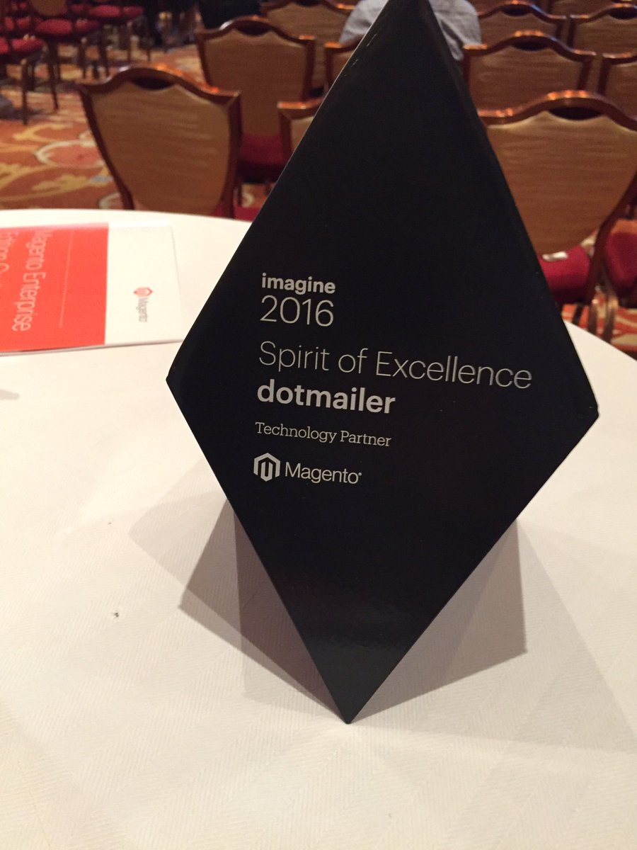 josephrnicholas: A great way to end #MagentoImagine.  A great week for @dotmailer. https://t.co/rZ99gtALuX