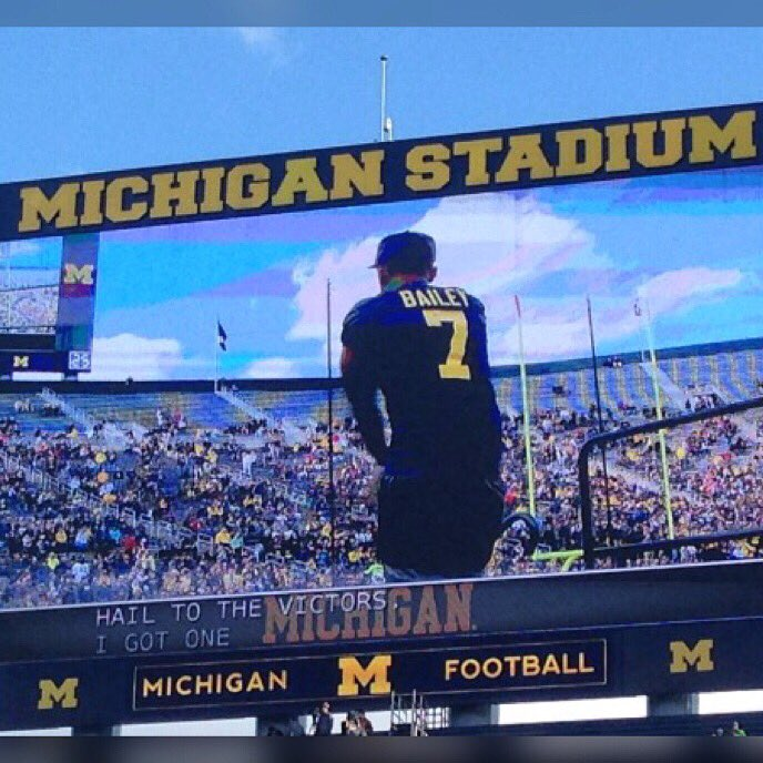 Every day you either get better or you get worse. You never stay the same. - Bo Schembechler https://t.co/jkZApWRafZ