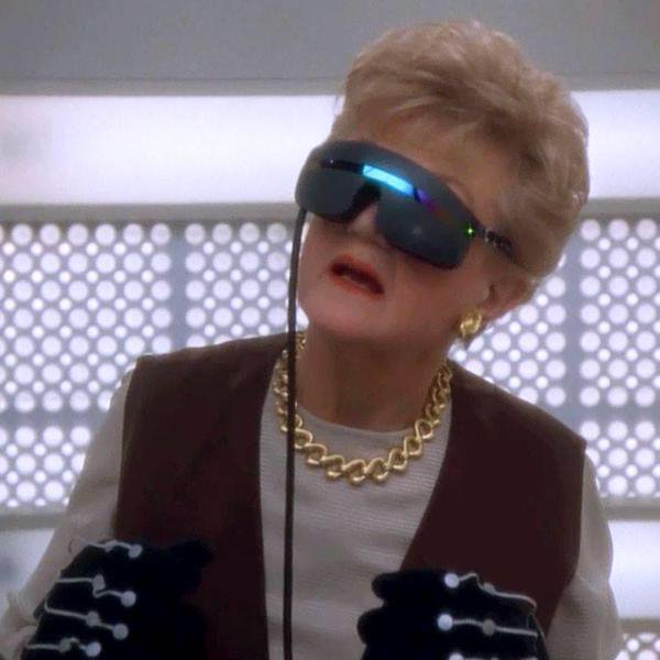 "So who's gonna finally make ""A Killing at Hastings Rock"" :) #VR #MurderSheWrote https://t.co/hpaDe2EwUZ"