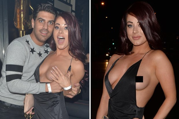 Here we go again: @jessicahayes77 exposes nipple on wild ...