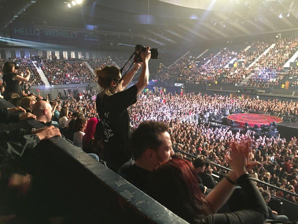 【音楽】 BABYMETAL、日本人初のウェンブリー公演 1万2000人熱狂★5 [無断転載禁止]©2ch.netYouTube動画>33本 dailymotion>3本 ->画像>161枚