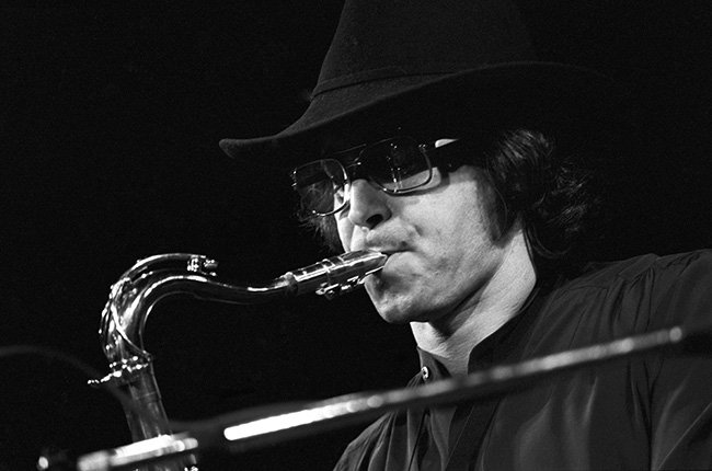 RIP... Gato Barbieri, Latin #Jazz Saxophonist, Dies at Age 83 https://t.co/qE70Jfyg1P https://t.co/tEyUAfcAXZ