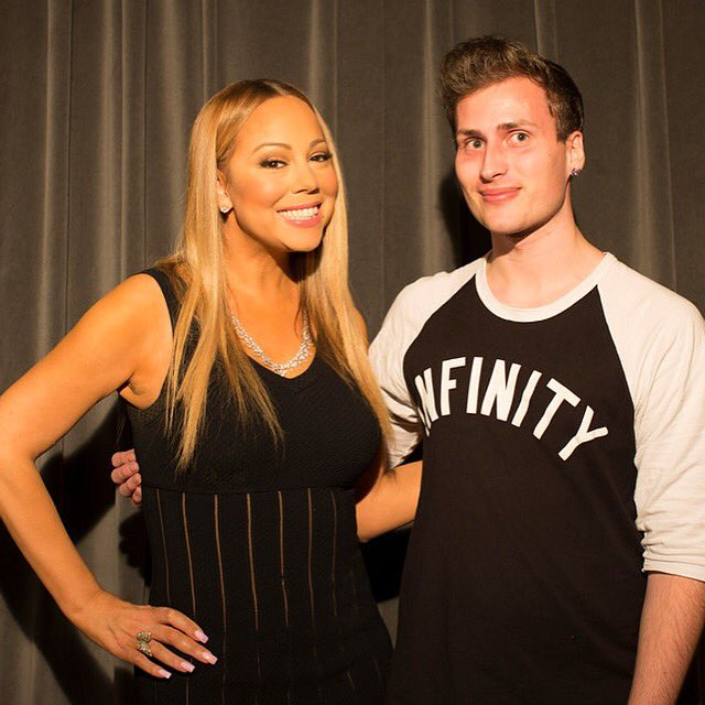 It was amazing to finally meet my Hero and idol! Thanks for chatting with me @MariahCarey ❤️ LYM ❤️ https://t.co/RSaycJ8MSA