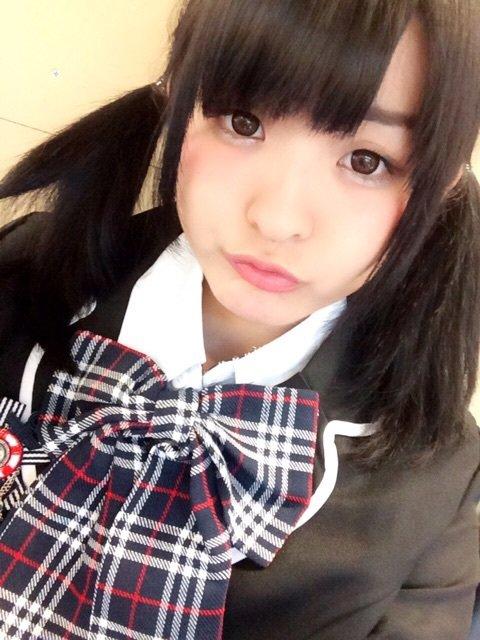 【拡散希望】4月3日に行われた秋葉原スーパーアイドルプロジェクト春休みスペシャル moefarreの会場でスライムガールズの黒色の制服を着て真ん中にいた子は一条波美ちゃん(@ichijo_nami )です是非フォローしてみてください https://t.co/hTKDnAWcrx