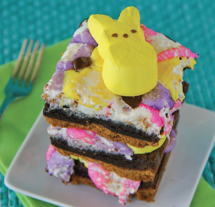 Create your own #PEEPS S'mores Brownies from the @QuartoCooks cookbook, PEEPS-a-licious! https://t.co/mtg1X3KcNA https://t.co/QeqLDTyBWO