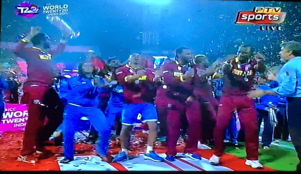 What a great day for West Indies cricket. The men and women celebrating together. This is cricket <3 https://t.co/hfiRdxsH5a