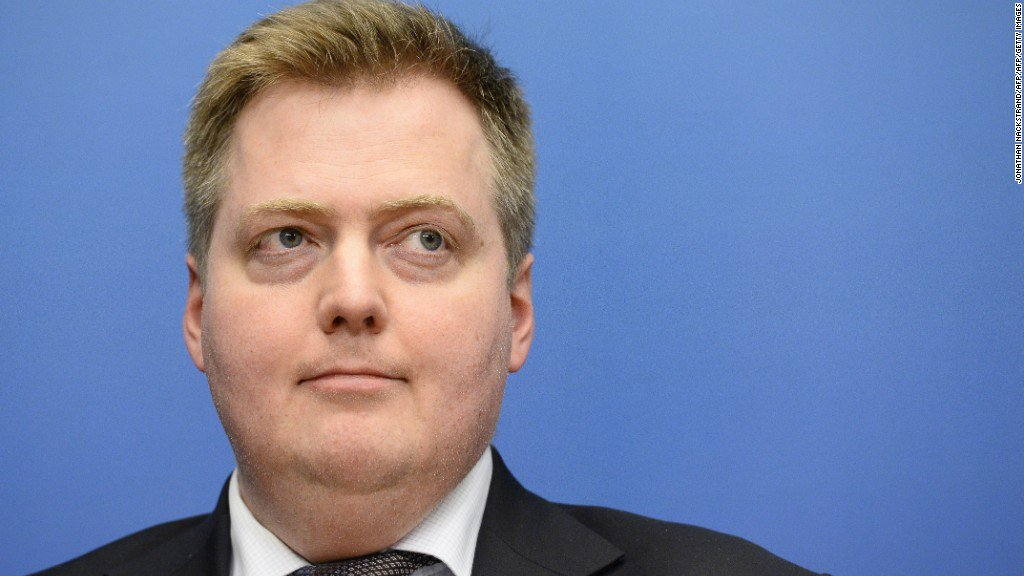 Panama Papers: Iceland's PM faces calls to resign over offshore company