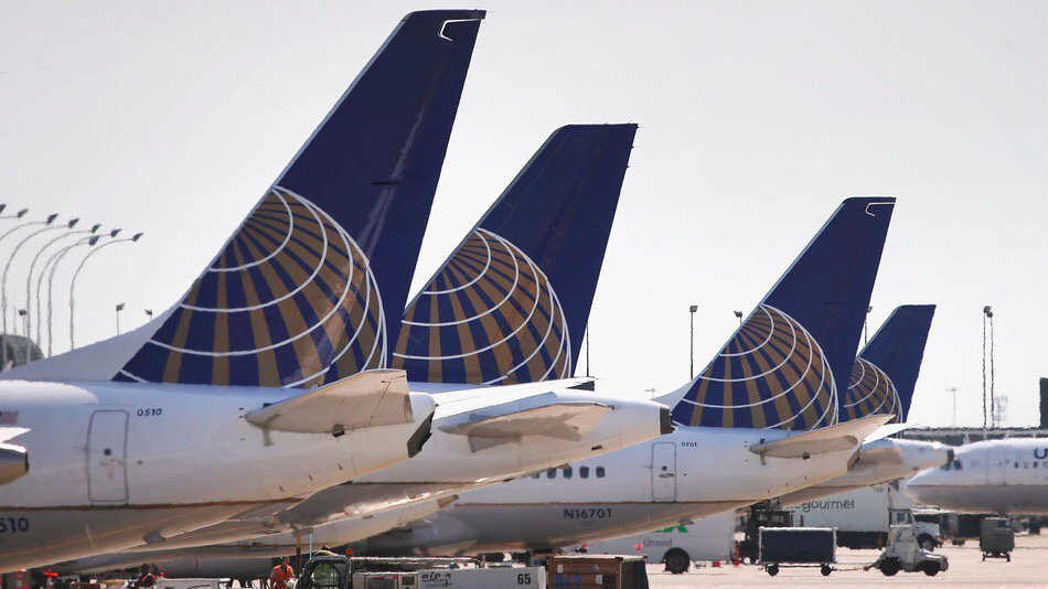United Airlines flight attendant pulled emergency slide, walked