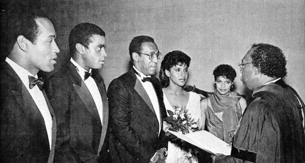 The best Ahmad Rashad picture ever. https://t.co/WxZu2nzK6W