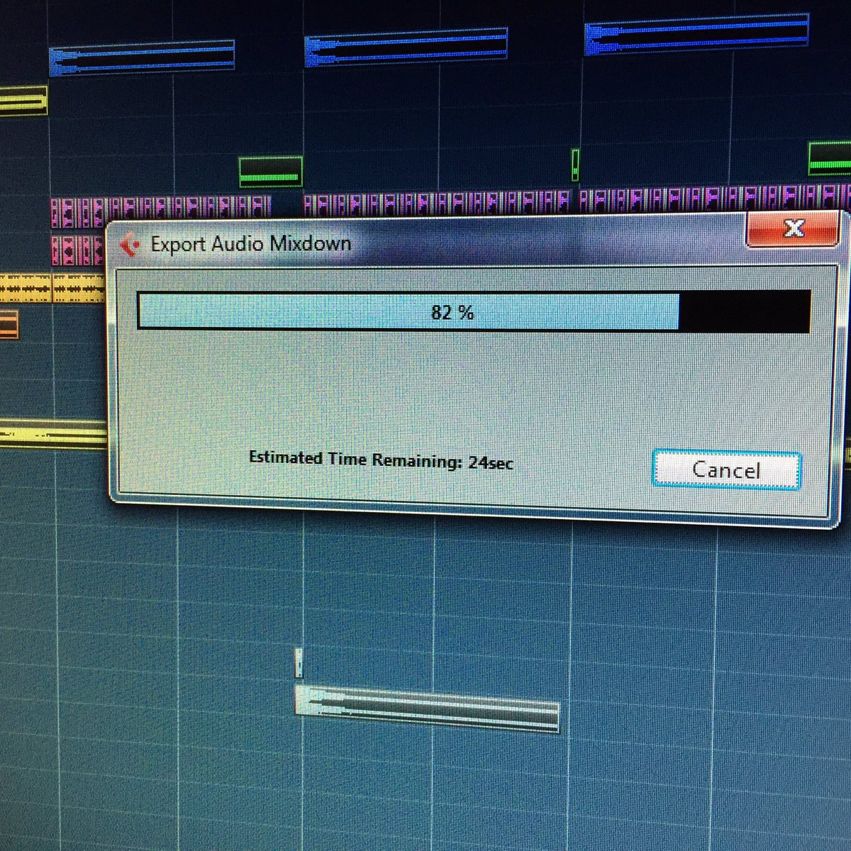 New track done!! Now waiting for the vocals...#IAMTrance #Trancefamily https://t.co/l5MCVVwPiT