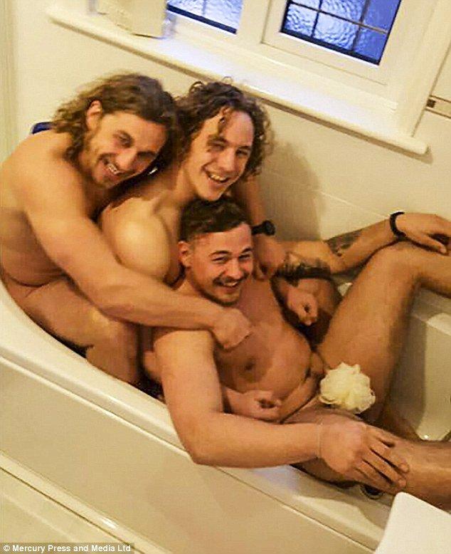 naked fat curvy girls