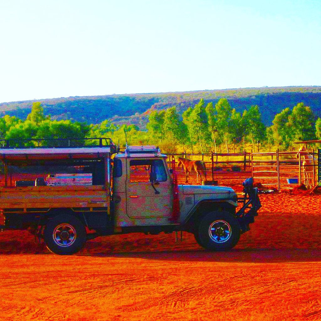 Last of #TravelTuesday #TMOM #travel the Outback https://t.co/4vJ5le4OmB