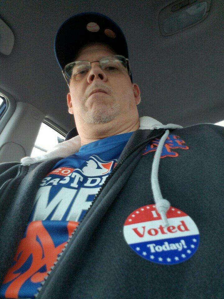 Voting..& Mets WIN (@ Crestwood Elks Lodge in St Louis, MO) https://t.co/b99dc3pGSW https://t.co/LTP5bqp4e8