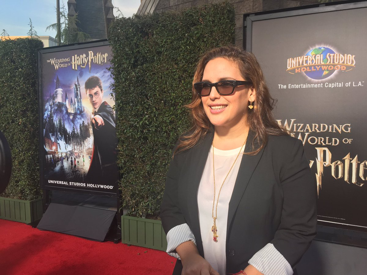 Angelica Vale from @Telemundo is tonight 1st red carpet VIP #WizardingWorldHollywood ~@skubersky https://t.co/UdvEBXgfR6