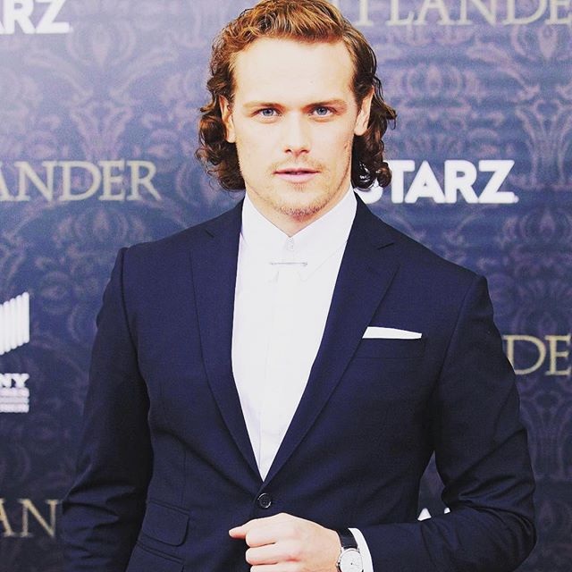 Slick and chic! @SamHeughan at last nights #Outlander season 2 premiere in New York #dsquared2 #ds2 #menswear https://t.co/Vdp91uEFx1