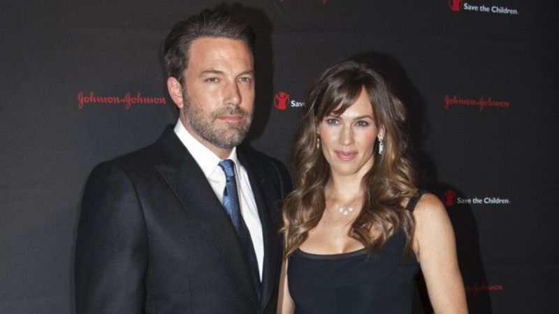 Divorced Ben Affleck and Jennifer Garner buy a house in UK together Could you do the same?