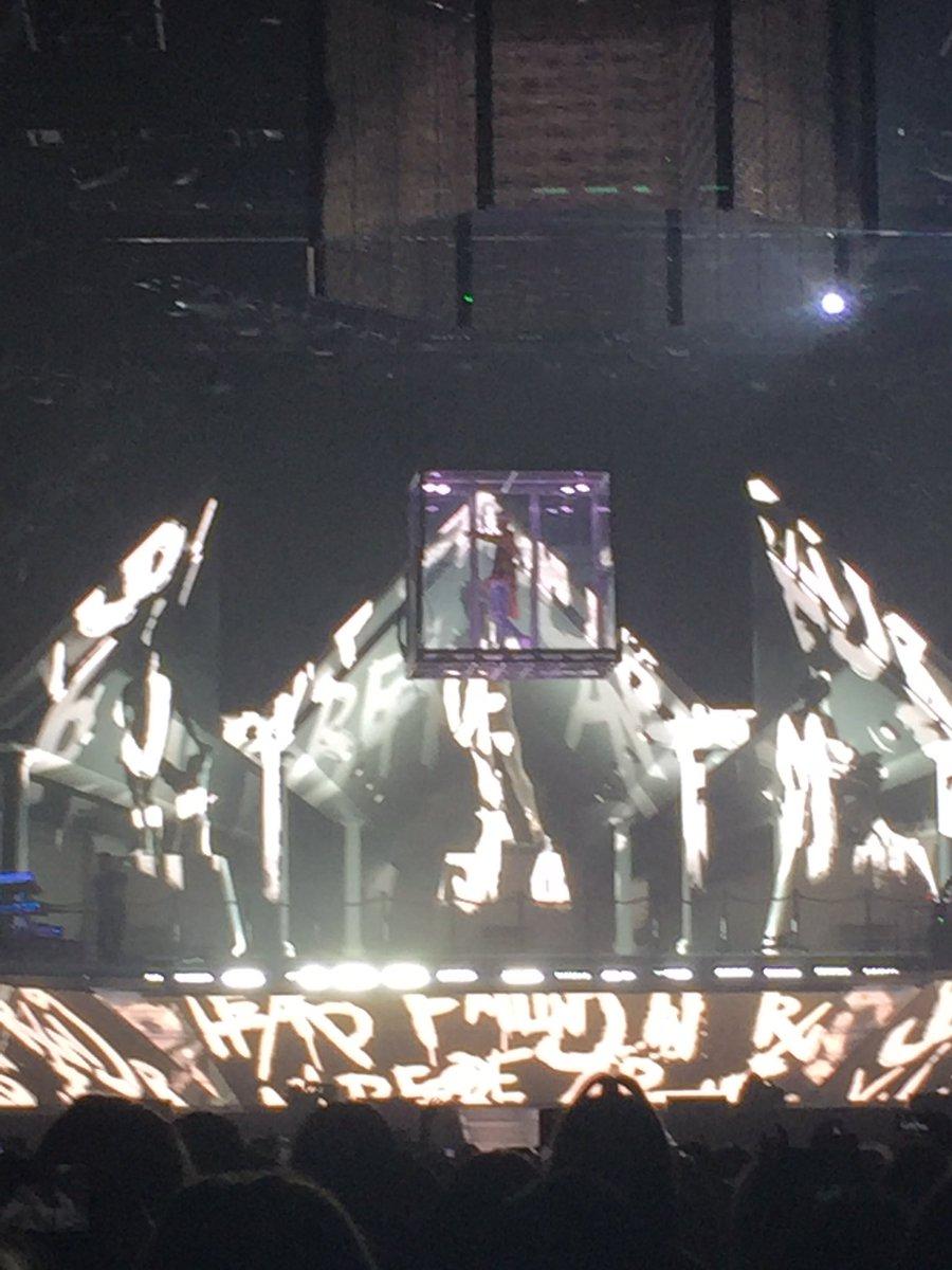 .@justinbieber has arrived at @SprintCenter #PurposeTourKansasCity #BieberInKC https://t.co/nrydKCB6td