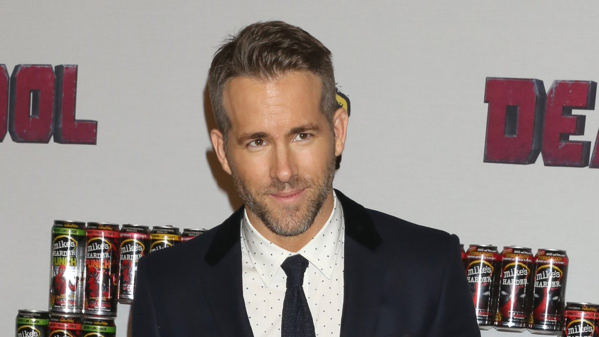 Ryan Reynolds circling Sony's