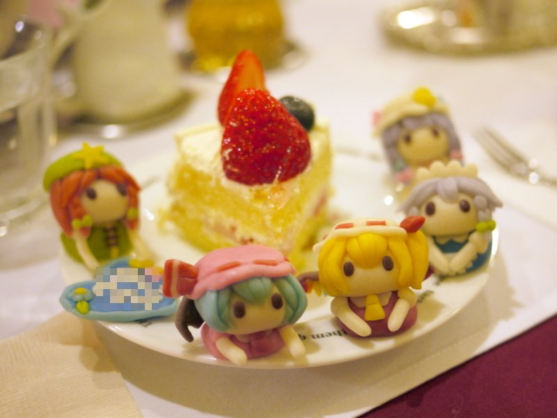 食べられる紅魔館 https://t.co/FJMYqvJyDf
