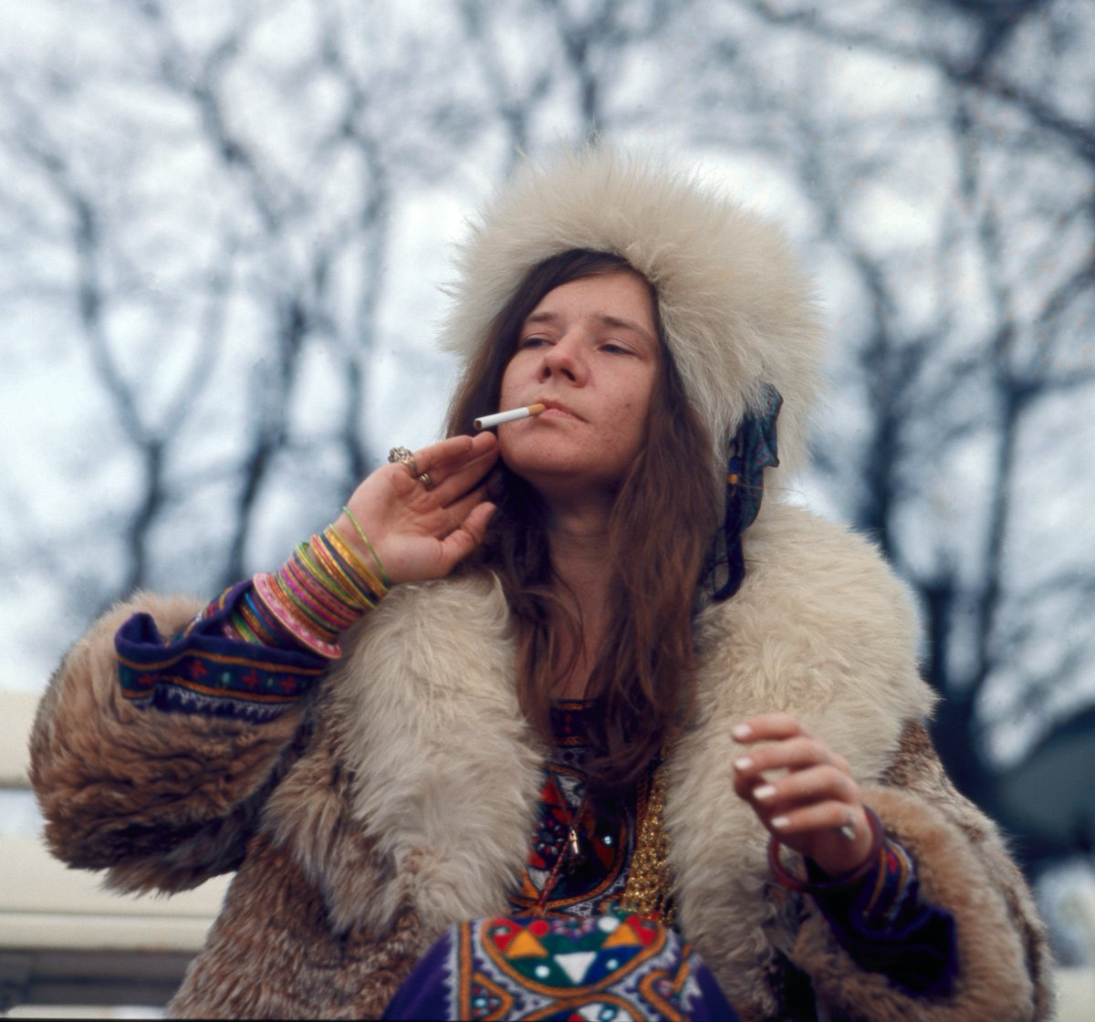 Straks bij @hetuurvandewolf om 22.55: Janis: Little Blue Girl. Intrigerend portret over blueslegende Janis Joplin https://t.co/b35bl1pCvi
