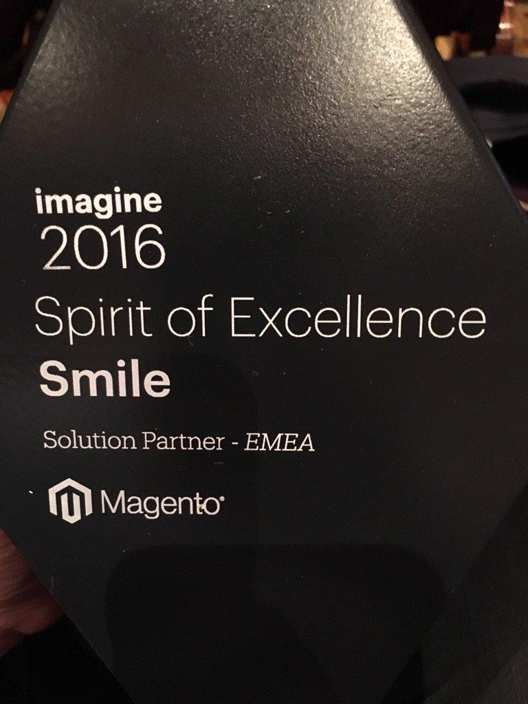 SmileNederland: Hoera @SmileNederland heeft een @magento award op #MagentoImagine gekregen ! https://t.co/EQCdFAcOWy