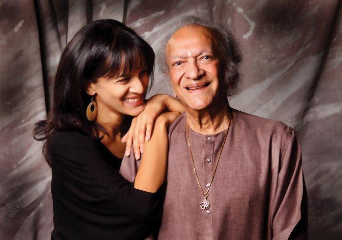 Happy 96th birthday to the maestro #RaviShankar https://t.co/ZlOhZkE5ql https://t.co/nOeq9yhZV2