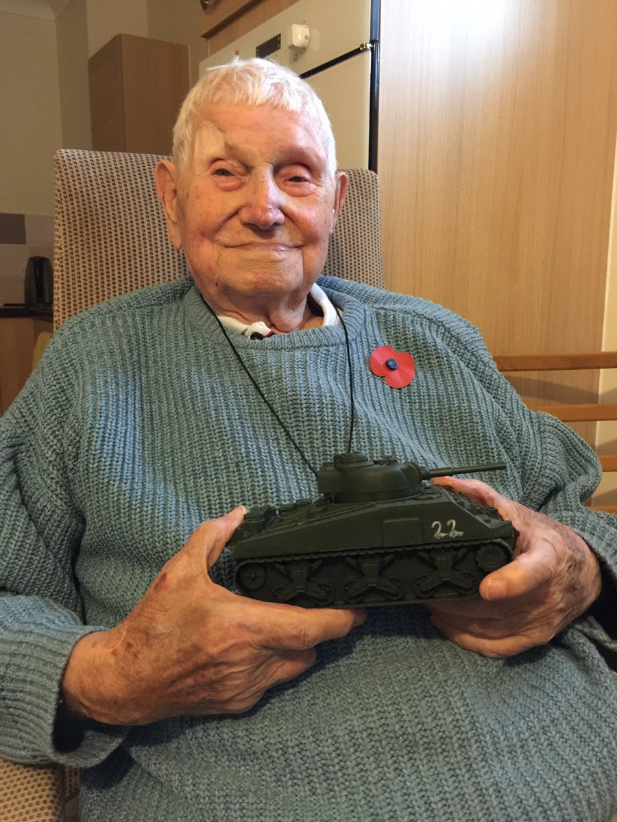 My father, Burt, is 97 today: he fought Blackshirts in London & Nazis at #Anzio. I'm very proud of my dad. https://t.co/4YK3Ppk38V